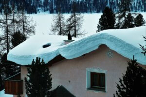 remove snow from the roof